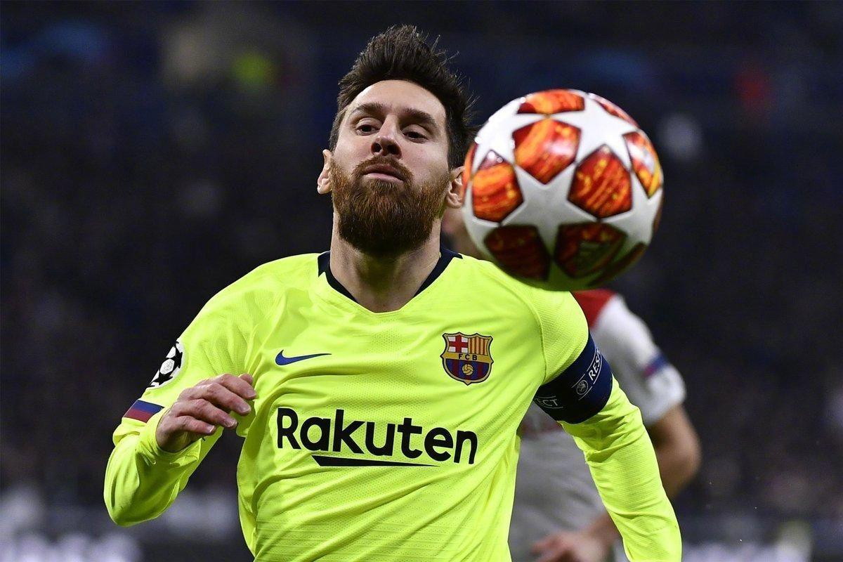 C罗机会来了!梅西欧冠迷失狂射9脚难进球