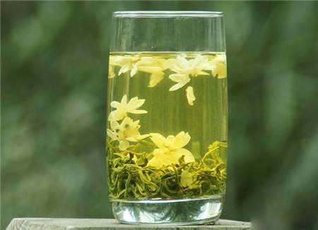 """冬季咽炎总反复?常用""""它""""泡水喝,止咳祛痰"""