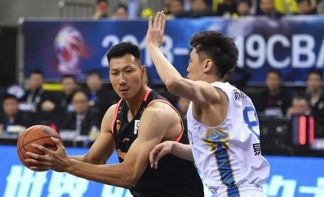 CBA季后赛:广东横