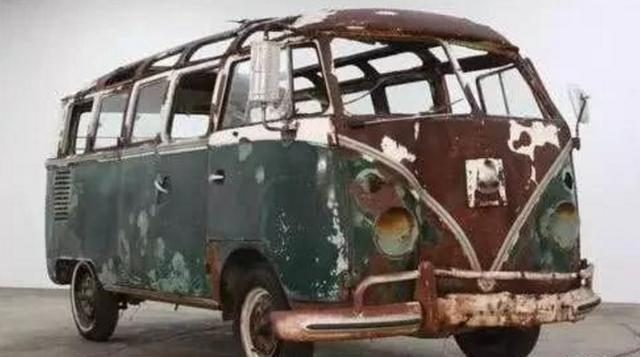 史上最破的二手车!没有引擎、车身座椅腐烂不成样子,卖出21万