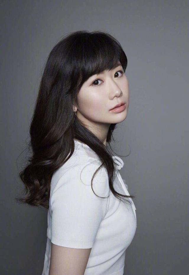福原爱产后,江宏杰负责照顾女儿,一岁半爱拉酱亲爸爸超暖心!