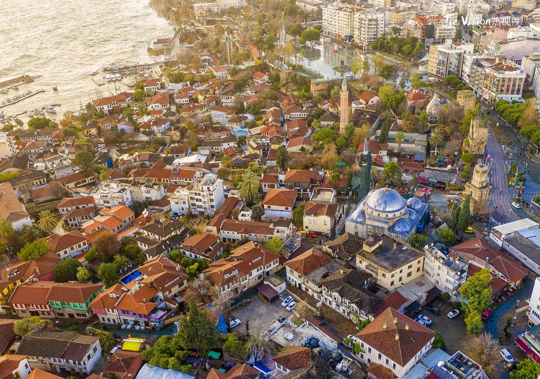 在土耳其最美城市安塔利亚 感受世俗与情调