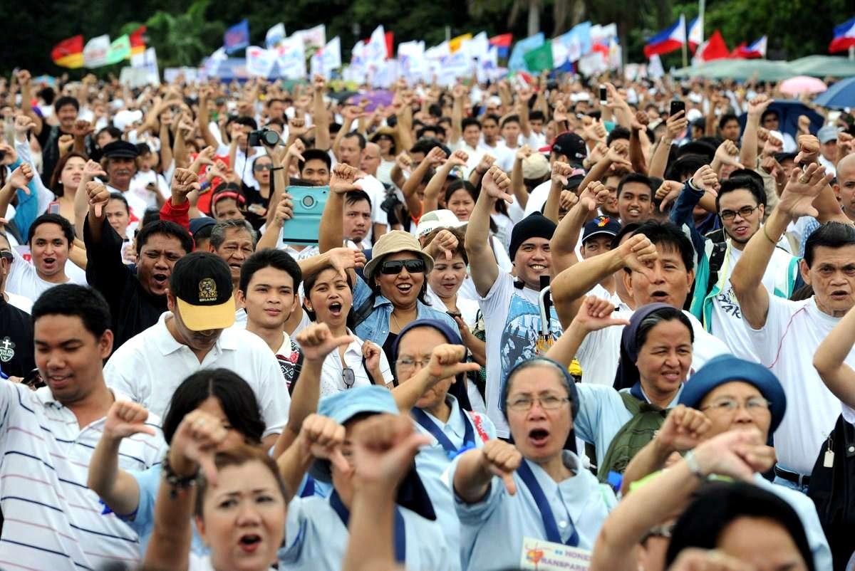 菲律宾选举如夺命游戏:数十名候选人被谋杀,老公死了老婆顶上!
