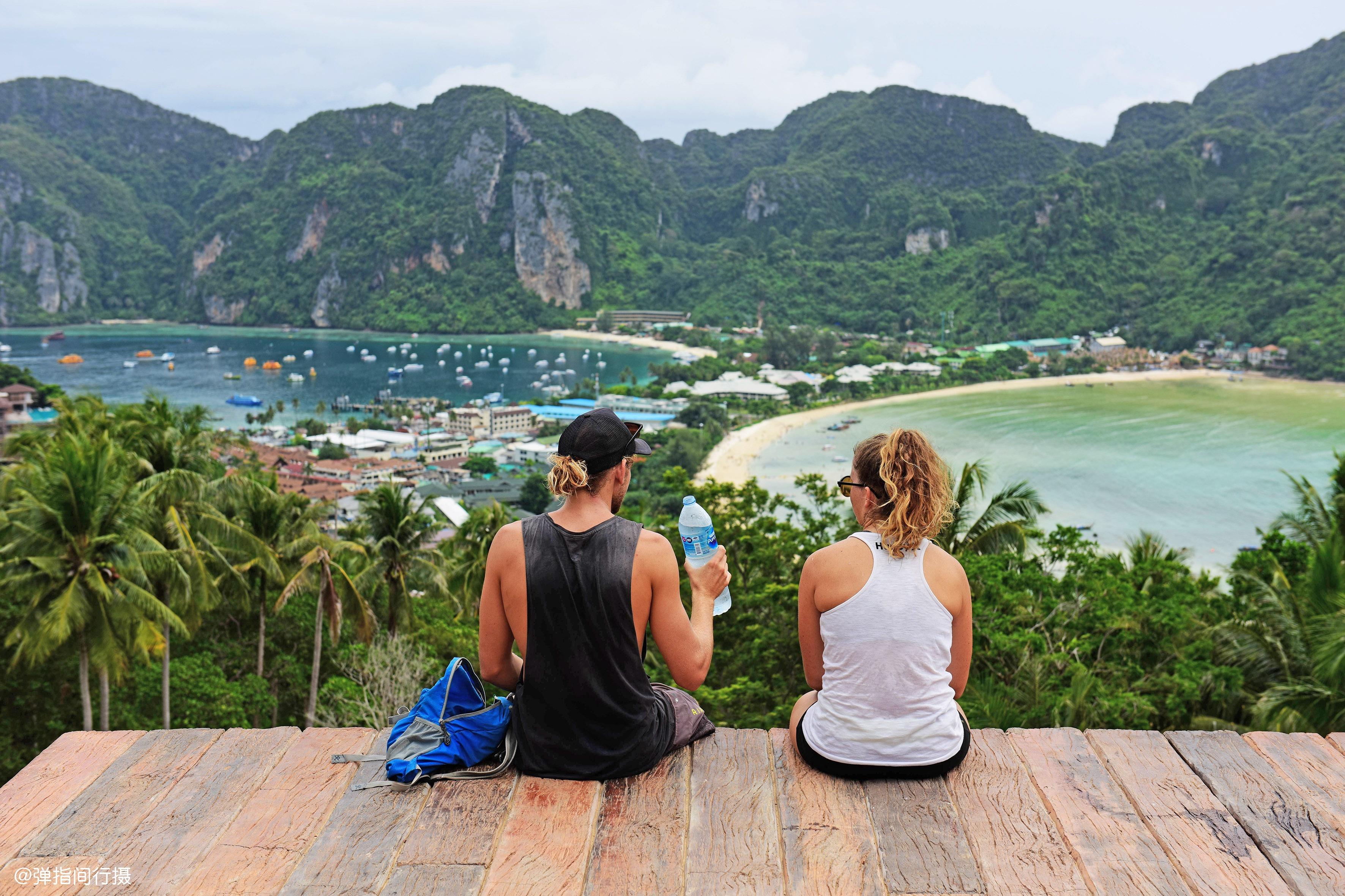泰國這處絕美海灘,因好萊塢電影取景而爆紅,如今因污染關閉三年