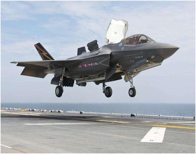 還沒開打就出事了!美軍一天摔一架飛機,F16和F35雙雙出事