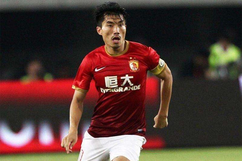 中国足球的骄傲!《实况足球》手游铜卡后腰郑智!
