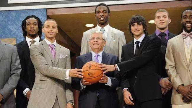 NBA大腕走上不归路!吸毒的人,我们CBA都嫌弃你