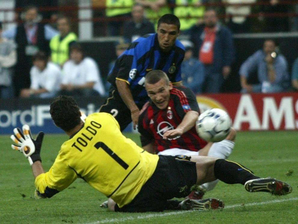 舍瓦一剑封喉!16年前欧冠半决赛米兰德比