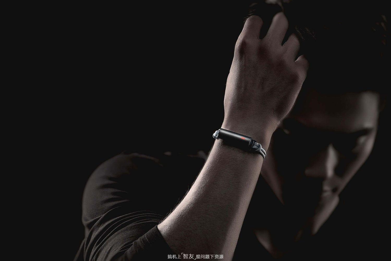 为什么现在没人戴智能手表/手环了?