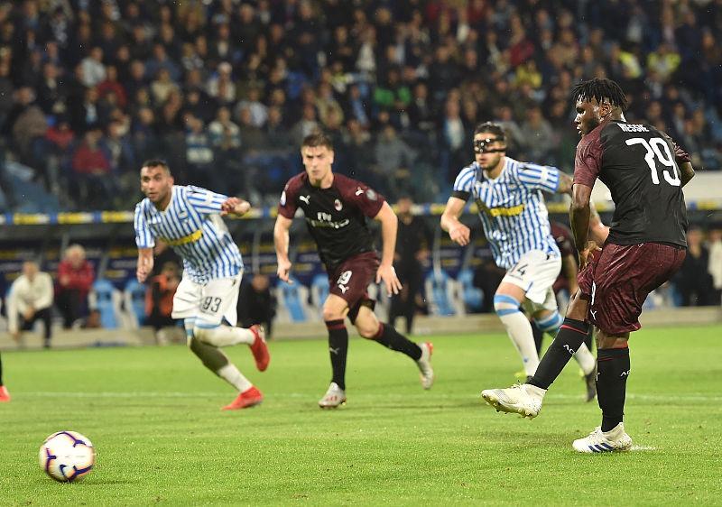 AC米兰再次无缘下赛季欧冠,为何接二连三