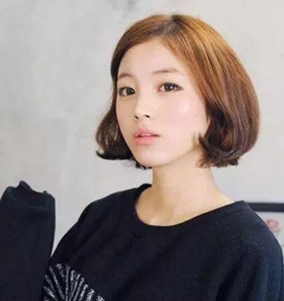 13款很有人气的韩式有无刘海烫发发型~