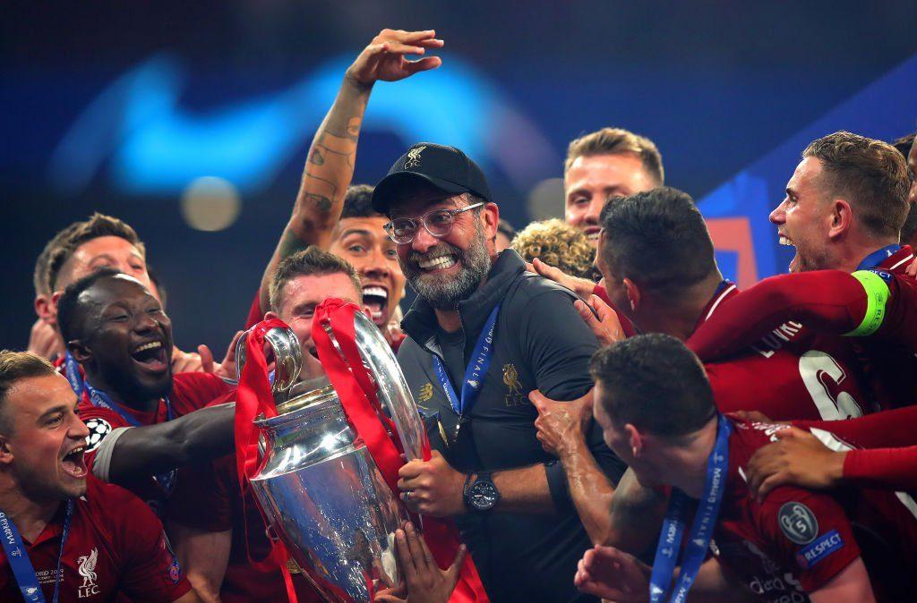 躺冠是门技术活!冠军利物浦队一球员创欧冠