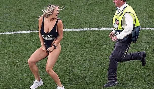 赚大了!闯欧冠决赛女模特粉丝暴涨200万 等于390万美元广告效果