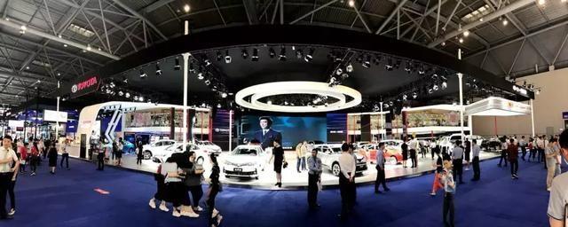 TNGA全球旗舰车型亚洲龙来了 一汽丰田携全新时代产品闪耀山城