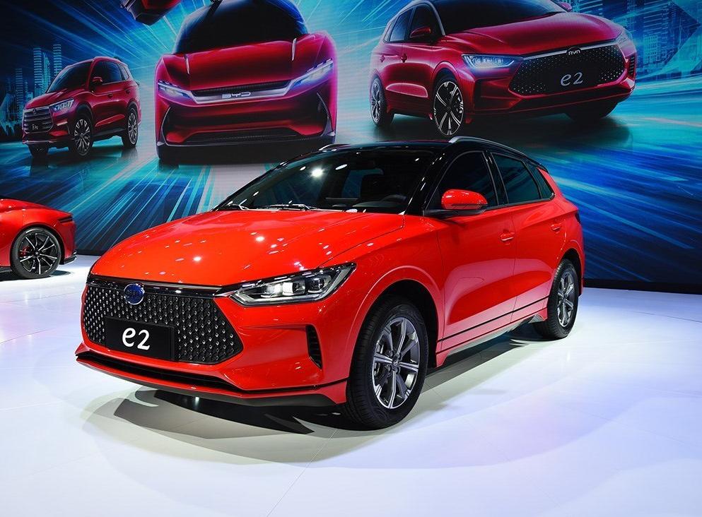 定位为两厢轿车,比亚迪e2量产车型下线,将于7月中旬上市