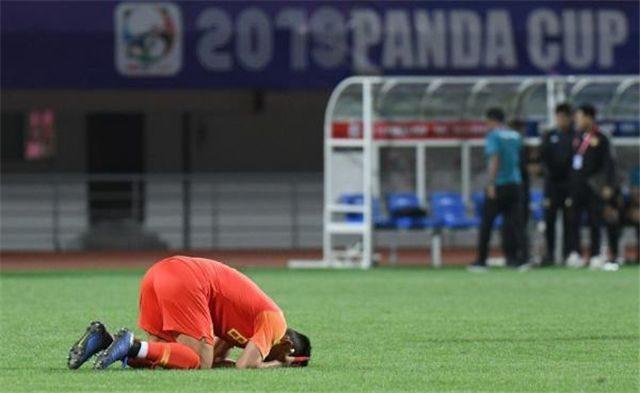 中国足球又1丑闻!皇