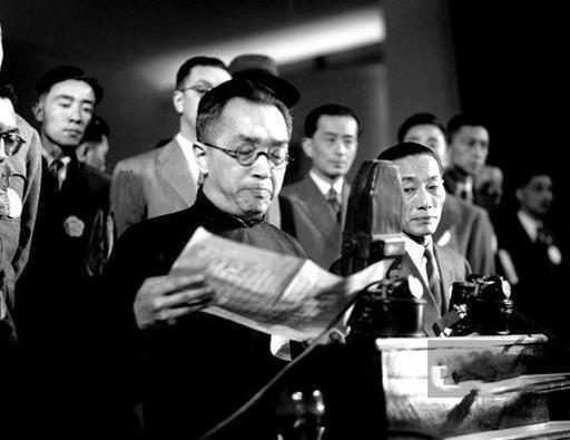 歷史上的今天,民國總統玩了副總統一把,李副總統活像個大副官