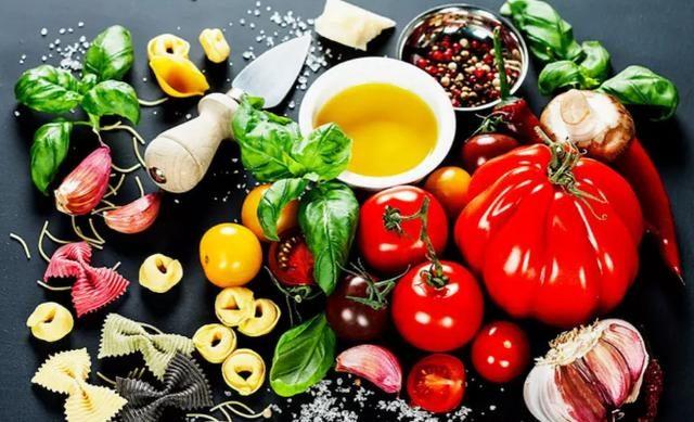 美食餐飲行業的生存和發展將怎樣?