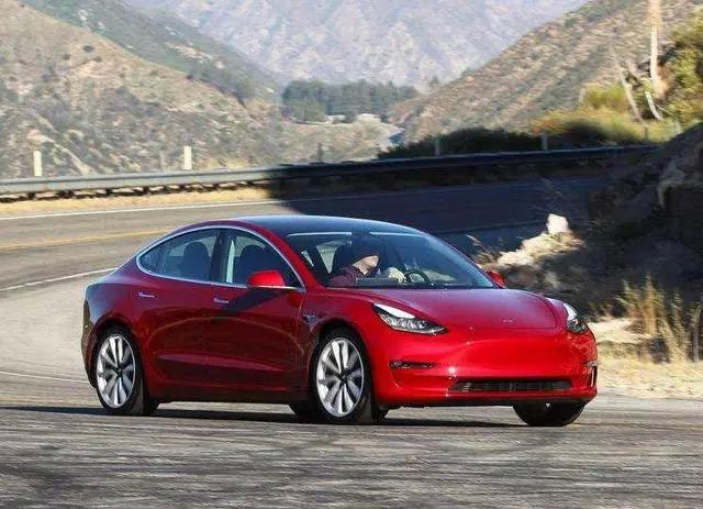 新能源汽車種類較多,應該選擇哪款呢?
