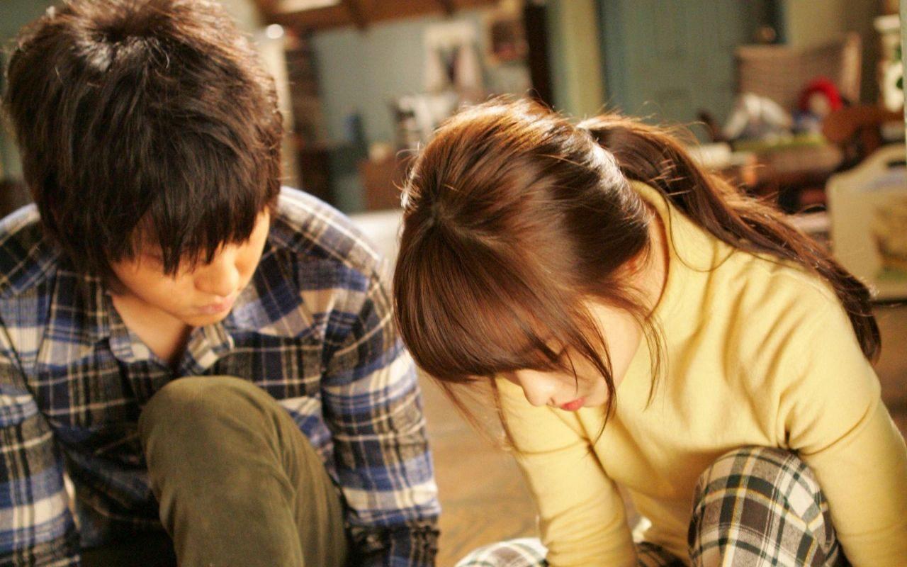 《狼少年》韩国评分最高的奇幻电影,最稚嫩的宋仲基给你初恋