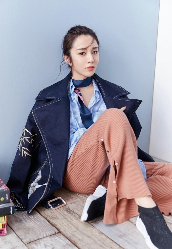 王曉晨清新靚麗時尚雜志寫真