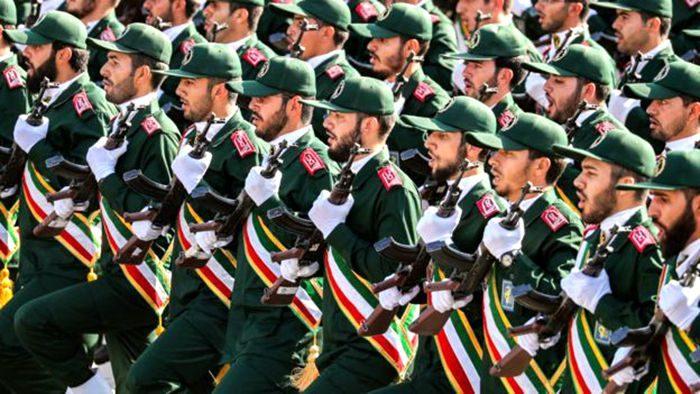 同一天,美國宣布增兵,伊朗也宣布10天內有大動作,中方鄭重警告