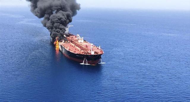 美對伊朗打響第一槍!大批運輸艦源源不斷抵達,俄:這次動真格了