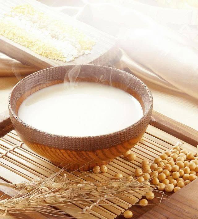 秋季養生豆漿美容養顏,搭配這些營養更翻倍!