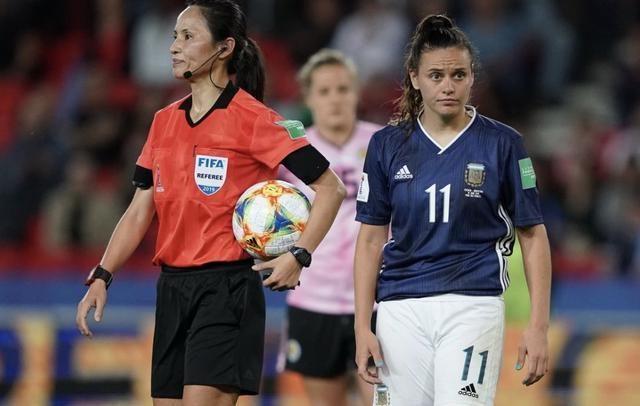 阿根廷女足出線希望渺茫!但連追3球的氣勢能鼓舞梅西