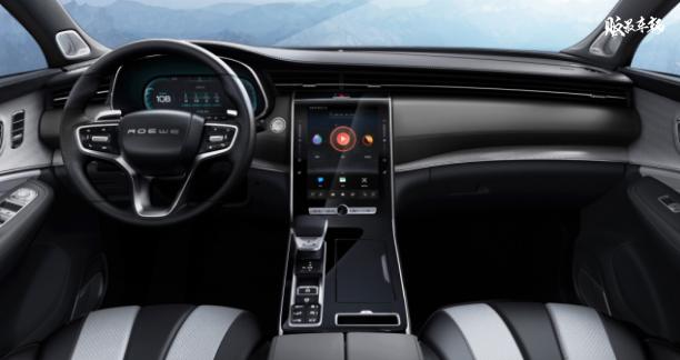 配备四曲面大屏,荣威RX5 MAX车型内饰官图发布