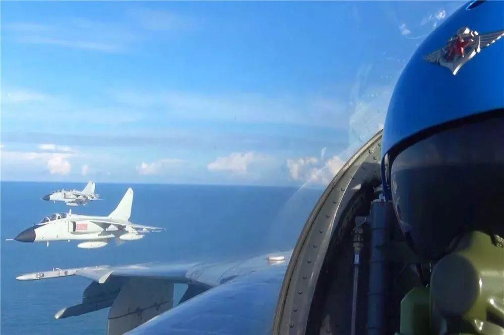 生日快乐,人民海军航空兵!