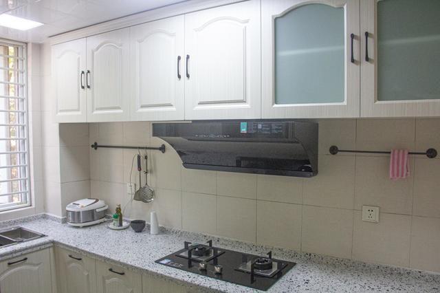 1萬2裝修廚房,云米油煙機是亮點,和油膩徹底說拜拜
