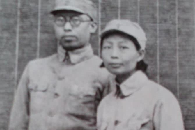誤以為開國中將打仗犧牲,妻子改嫁元帥,最后毛主席出面才化解