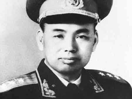 許世友去世后,鄧小平為何下令不許開追悼會?看完忍不住鼻酸