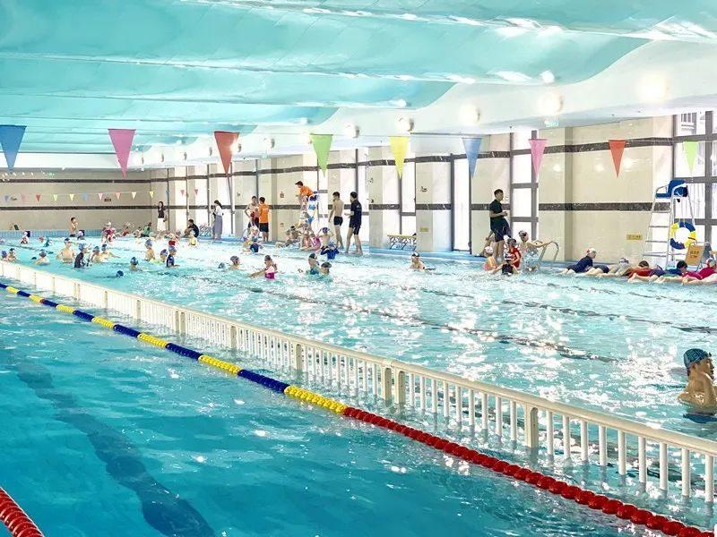 福利 | 安全知识+游泳技巧+水中游戏体验课来了!让孩子们游起来