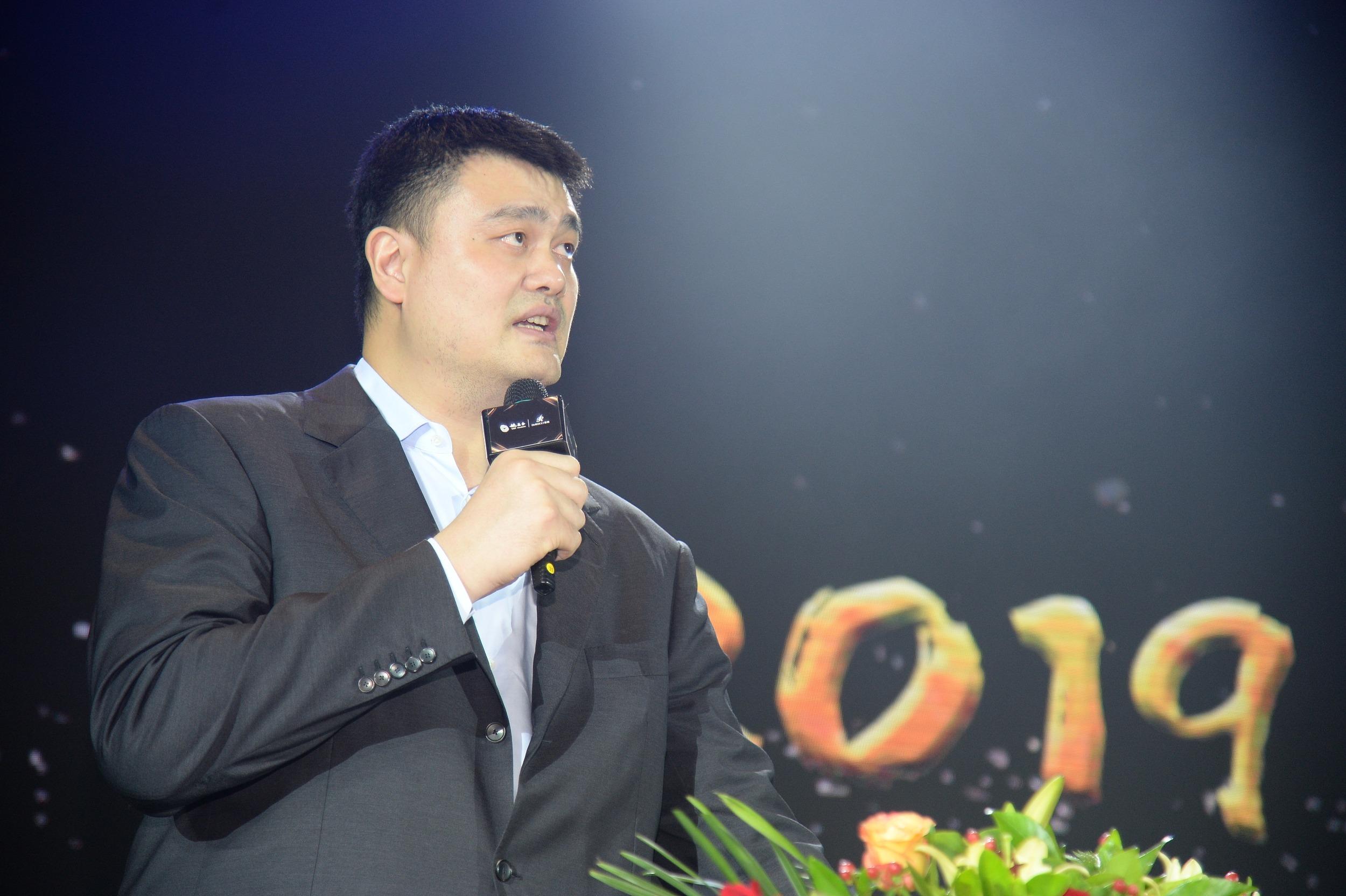 姚明谈姚基金与体育公益 中国篮球掌门人的探索和无奈