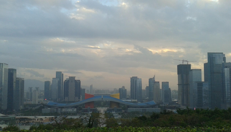 深圳大利好!香港广州该急了?顶级城市的光荣与困境