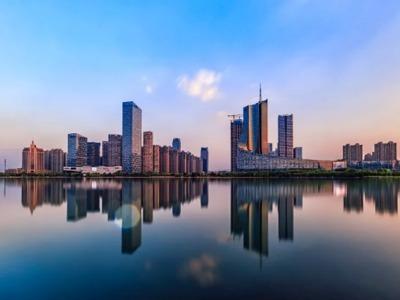 """此城市曾房价涨幅全球第一,如今12银行""""停贷""""二手房,啥信号?"""