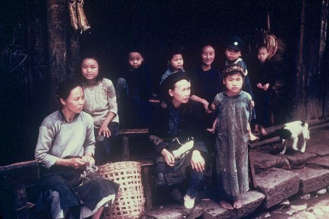 四川都江堰1944年,彼时的灌县生活