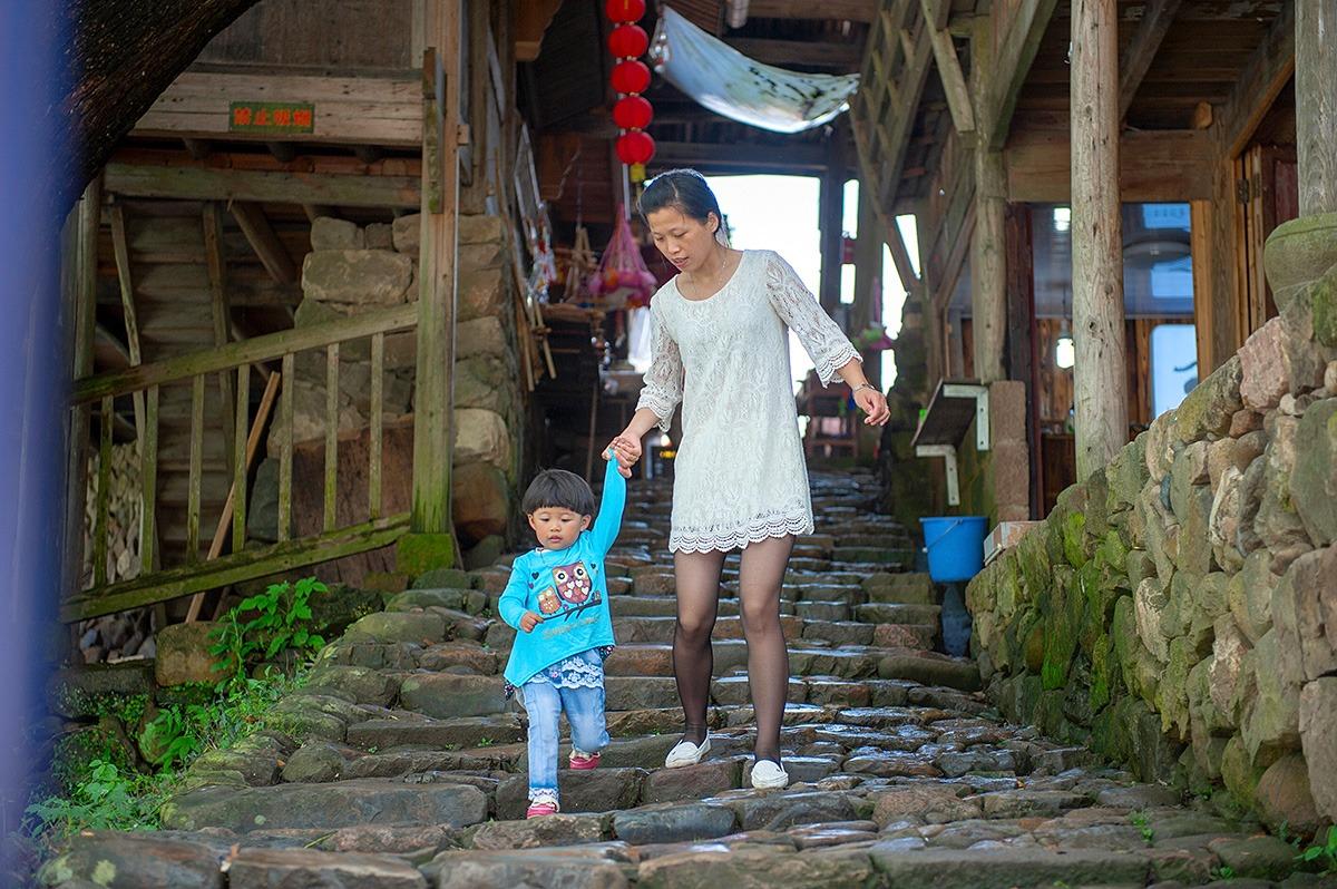 最美中华古廊桥,全木结构无一颗钉子,屹立数百年历经洪水而不倒