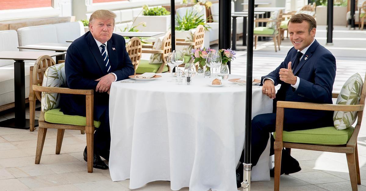 美媒:特朗普忙着吹嘘自己,马克龙却悄悄绕过美国与伊朗举行会谈