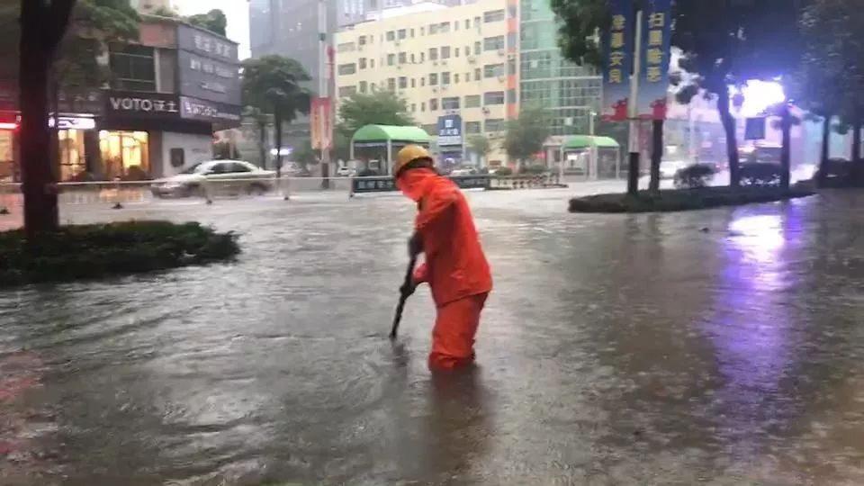 """强降雨+8级雷雨大风又""""杀到""""博罗?至于台风……"""