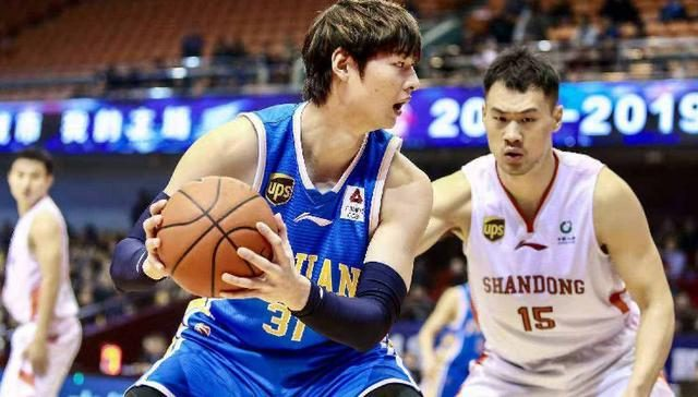 盯上2.09米神塔!北京男籃有望補上最大短板 能叫板廣東遼寧了?