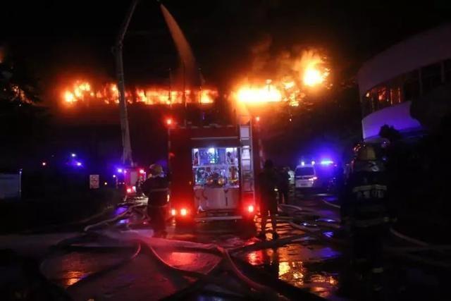 因原材料价格暴涨,浙江老板一把火烧了自己的工厂