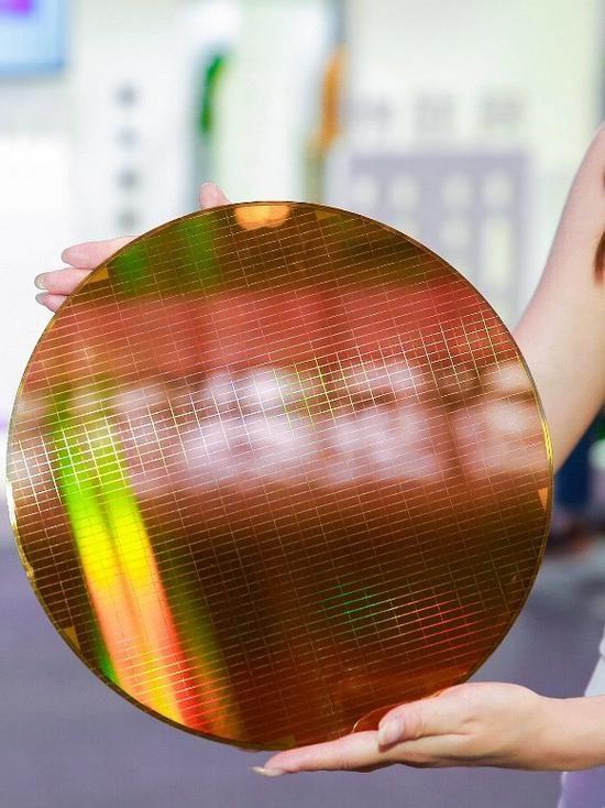 中国首款!长江存储启动64层3D NAND闪存量产