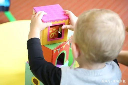 """宝宝的这些行为是""""贵人语迟""""?自闭?还是语言发育障碍?"""