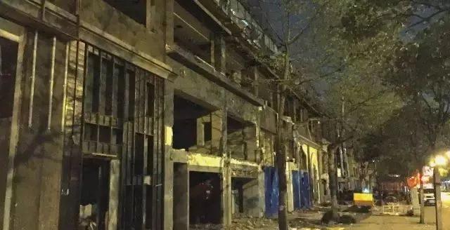 大量街边店相继消失:上海变得越来越无聊,