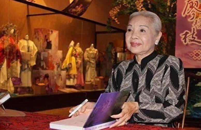 汪伪三号人物,恋上青楼头牌,女汉奸居然活到94岁