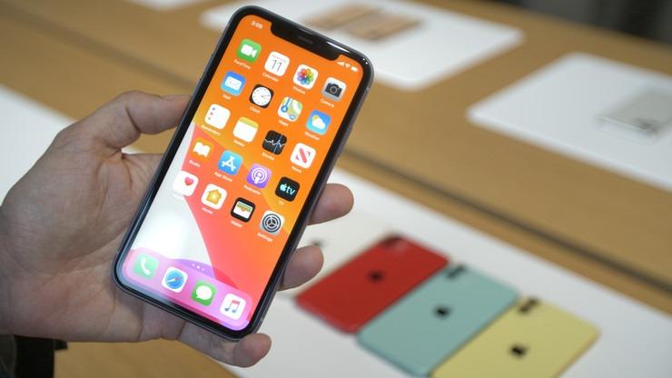 压根没6G!iPhone11全系运存均为4G,安卓手机笑了!