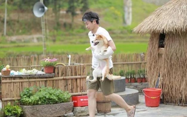 彭昱畅,一个被体育之神眷顾的男子,和李娜
